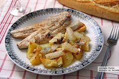 "Lubina asada con hortalizas ""de raíz"" a la sidra. Receta Living Room Plants, Fish And Seafood, Fish Recipes, Pasta Salad, Potato Salad, French Toast, Menu, Chicken, Healthy"