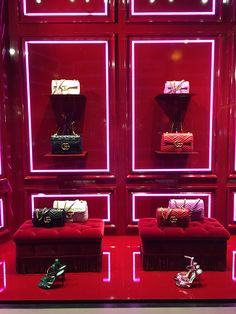"GUCCI, New York, ""Buy now or Cry Later"",  photo by Mizhattan, pinned by Ton van der Veer"