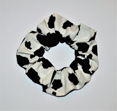 Cow Outfits, Aesthetic Clothes, Aesthetic Outfit, Aesthetic Shoes, Fashion Accessories, Hair Accessories, Cow Print, Western Outfits, Scrunchies