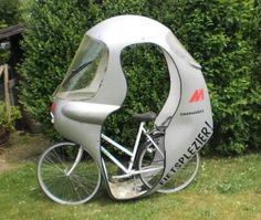 Cool Bicycles, Vintage Bicycles, Cool Bikes, Bmx Bikes, Cycling Bikes, Ideas Para Inventos, Tricycle Bike, Bike Cover, Power Bike