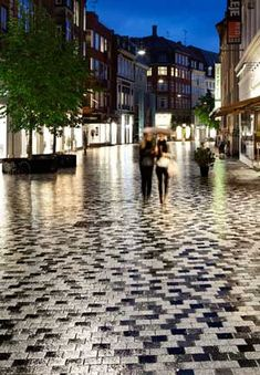 Landscape architects in Europe are doing really innovative things with pavers, perhaps more so than in the United States. Some recent contemporary urban plaza projects from Amsterdam, Copenhagen, a…