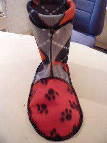 Rhonda's Creative Life: Fabulous Free Pattern Friday...fleece slippers