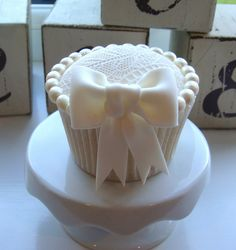 Lace and Pearl Cupcake by The Clever Little Cupcake Company (Amanda), via Flickr