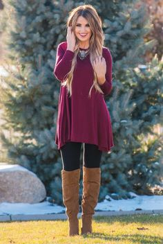 The perfect high neck swing tunic to pair with leggings. Fabric 95% Rayon 5%Spandex