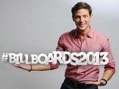 Gabriel Coronel, actor y cantante, te invita a los Premios Billboard 2013. Telemundo Internacional Patrocinador Oficial.