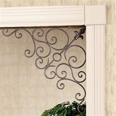 The indoor/outdoor Annamae Tuscan Slate Corner Door Bracket Pair will highlight a doorway or any opening that you wish to embellish. Tuscan Design, Tuscan Style, Metal Wall Decor, Metal Wall Art, Outdoor Doors, Indoor Outdoor, Tuscan Decorating, Interior Decorating, Interior Design