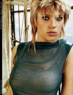 (request) Scarlett Johansson pics
