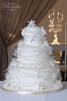 white snow wedding cake