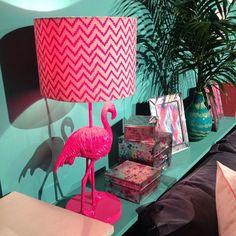 Flamingo lamp? Yes please!