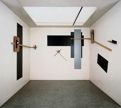 """El Lissitzky: Prouns - """"the station where one changes from painting to architecture"""""""