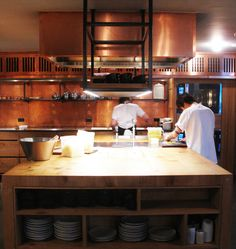 Kay Bojesen Grand Prix cultery at the Michelin restaurant Kadeau in Copenhagen. Bistro Interior, Interior Design Inspiration, Design Ideas, Bistro Design, Restaurant Kitchen, Direction, Danish Design, Cutlery, Grand Prix