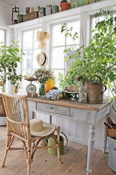 Gorgeous sunroom inspiration!