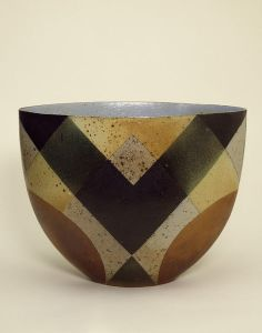 Deep bowl, stoneware, hand-built, decorated with geometric patterns, made by Bente Hansen, Denmark, 1985.