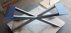 Moderno Banco X Base 16 H x 12 W x 45 L -Hecho de tubos de acero - 2 1/2 x 1 y 1/4 x 5 acero plana. -Acabado - materia prima de acero, claro cubierto, negro plano.