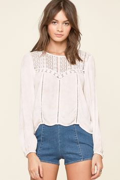 Amuse Society Sunset Rose Woven Top / Shell Pink Tea Stain