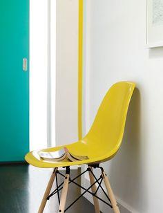 EamesR Molded Fiberglass Dowel Leg Side Chair DFSW