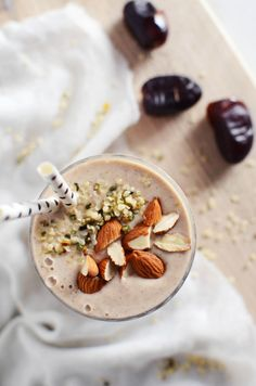 Date Coconut Banana Smoothie with Hemp Seeds and Almonds