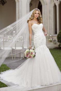 Gorgeous Heavy Wedding Gown Designs (21)