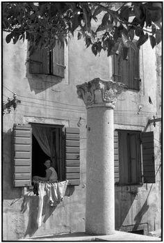 Henri Cartier Bresson // Yugoslavia, 1965 - Dalmatia. Zadar. XI's century chapiter.