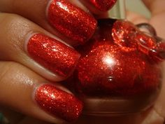 RED SPARKLES - LIMITED EDITION - HELLO KITTY: Red Sparkle (opaque candy apple red with medium glitter)