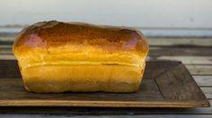 -Baker Hansens Kongeloff- or queen Mauds Milk Loaf Omelette, Scones, Sandwiches, Berries, Lunch, Baking, Breakfast, Sweet, Milk