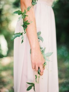Vine Wrapped Bride | Erich McVey Photography | Fresh Green and Neutral Spring Wedding Ideas with a Hint of Gold and Wrapping Vines