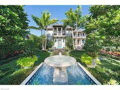 3600 Nelsons Walk, Naples, FL 34102 | Port Royal garden magic