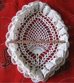 Doting on Doilies: Oval Pineapple Ruffled Doily