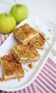 Omena-juustokakkupalat | Maku Good Bakery, Sweet Bakery, Sweet Little Things, Sweet Stuff, Salty Foods, Joko, Sweet Pie, Sweet And Salty, Baking Recipes