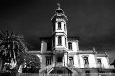 Villa Idalina by Rafael Peixoto on 500px