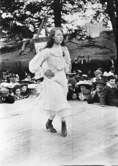 Cassie O'Neill of Glenarm dances at the Feis in 1904 #Irish History