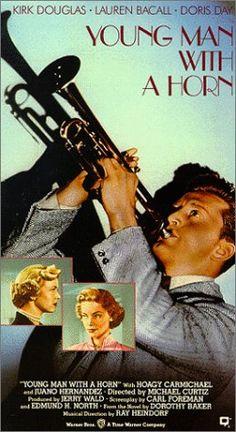 Director:MICHAEL CURTIS  Nacionalidad:AMERICANA  Año:1950  Sipnosis:Basada en la vida del genial trompetista blanco Bix Beiderbecke.