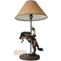 Abajur Quarter Horse  Abajur confeccionado em resina, com a imagem do cowboy empinando seu cavalo. Abajur perfeito para decorar os mais diversos tipos de ambientes, no mais puro estilo western. Demonstre todo amor por seu cavalo usando nossas peças exclusivas das Lojas Cowboys