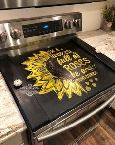 Diy Cabinet Doors, Diy Cabinets, Frame Crafts, Wood Crafts, Clean Gas Stove Top, Painted Table Tops, Hand Painted, Sunflower Themed Kitchen, Stove Top Cover