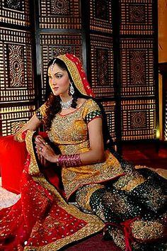 Fiza Ali #pakistanimodels #pakistanicelebrities #fashionmodels