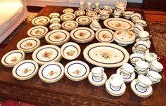 Royal Doulton Ascot Dinner Set 171 Pieces MINT CONDITION