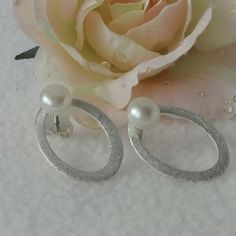 Ohrstecker Perle Silber 925 Pearl Earrings, Pearls, Outfit, Jewelry, Gemstone Beads, Handmade Jewelry, Gemstone Earrings, Ear Gauge Plugs, Brooch