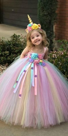 Unicorn Tutu Dress - unicorn birthday dress - unicorn horn - unicorn outfit - birthday dress - halloween costume - unicorn birthday outfit - - Unicorn Tutu Dress unicorn birthday dress unicorn horn Source by Uni_lovers Baby Girl Birthday Dress, Unicorn Birthday Parties, Birthday Dresses, Baby Girl Dresses, Flower Girl Dresses, Pink Birthday, Baby Girls, Toddler Girls, Princess Tutu Dresses