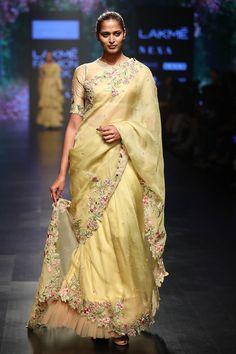 Buy Organza Saree with Blouse by Anushree Reddy at Aza Fashions