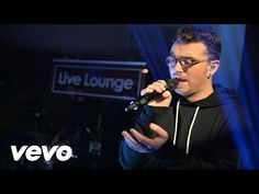 Disclosure - Hotline Bling (Drake cover in the Live Lounge) ft. Sam Smith - YouTube