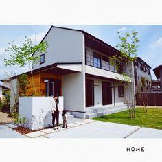 Modern Exterior, Exterior Design, Japan Modern House, Architecture 101, Zen House, Interesting Buildings, House Blueprints, Japanese House, Simple House