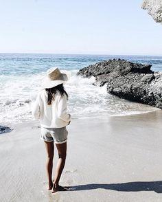 Cozy beach vibes.  / shopsincerelyjules.com