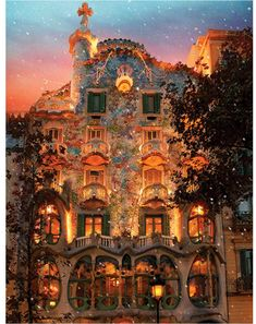 Casa is a world-renowned building the resides in Barcelona, Spain designed by antoni gaudi. This one-piece puzzle house from Springbok depicts this picturesque building at dusk. Beautiful World, Beautiful Places, Wonderful Places, Simply Beautiful, Places To Travel, Places To Visit, Travel Destinations, Holiday Destinations, Beautiful Vacation Spots