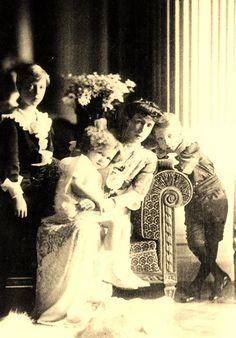 Queen Elisabeth of Belgium with her children Leopold, Marie José and Charles