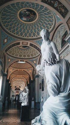 Hermitage Museum Saint Petersburg Russia - Wallpaper World Baroque Architecture, Beautiful Architecture, Museum Architecture, Landscape Architecture, Sculpture Art, Sculptures, Renaissance Kunst, Hermitage Museum, Photocollage