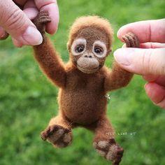 Beautiful Needle felting wool cute animals gorilla (Via @irina_feltlikeit )