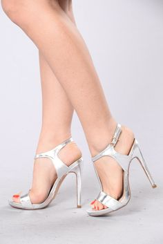 Tap The Strap Heel - Silver