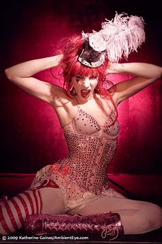 pink circus lady, modern, with pink top hat fascinator