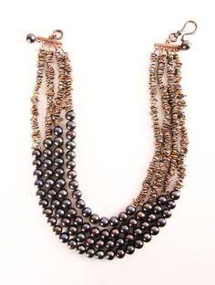 Pretty Pearls Necklace.