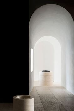 British designer John Pawson's remodel of 'St Moritz Church' in Augsburg, Germany, is a meticulous yet pared-back example of minimalism in public architecture. Sacred Architecture, Public Architecture, Religious Architecture, Minimalist Architecture, Architecture Details, Interior Architecture, Garden Architecture, Sustainable Architecture, Contemporary Architecture